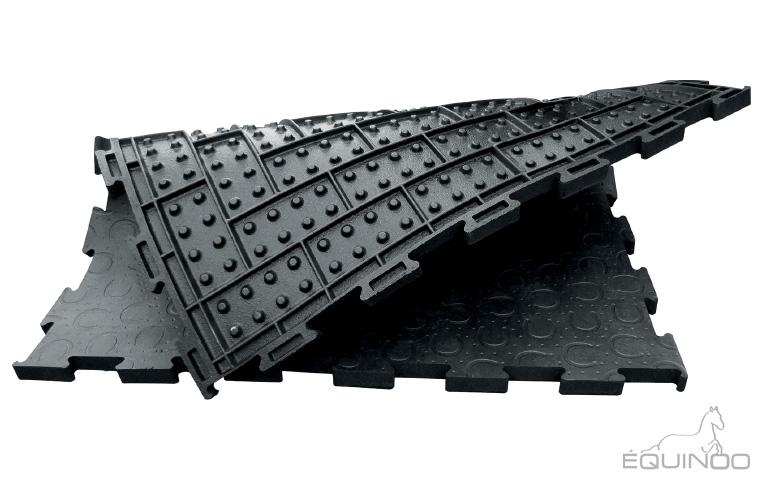 la dalle sol chevaux dalles de box chevaux litieres. Black Bedroom Furniture Sets. Home Design Ideas
